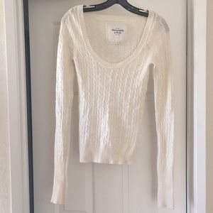 Cream Abercrombie & Fitch Sweater
